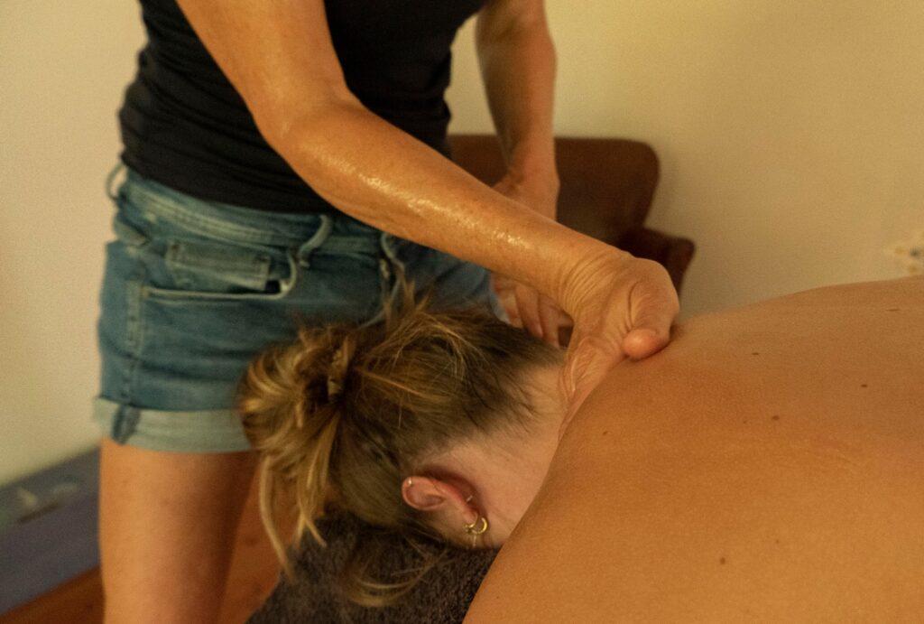 Afspraak Lomi Lomi ontspanningsmassage bij Massagepraktijk Tinkel in Nijmegen